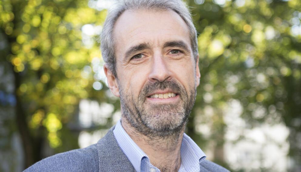 BAKERST I KØEN: Olaf Henning Thommessen, ønsker at den yngre generasjonen skal få coronavaksinen før ham. Foto: Torstein Bøe / NTB scanpix