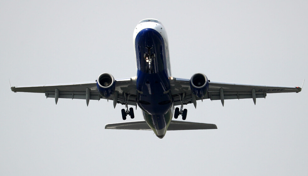 FÅ FLYR: Bare 11 prosent av verdens befolkning foretok en flytur i 2018, og kun fire prosent fløy utenlands. Foto: Hannah McKay/Reuters/NTB