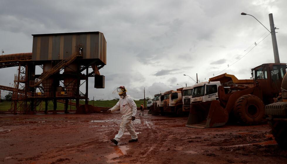 REDUSERT: Kapasiteten ved Alunorte-anlegget i Brasil er redusert etter et strømbrudd. Foto: Ricardo Moraes / Reuters / NTB Scanpix