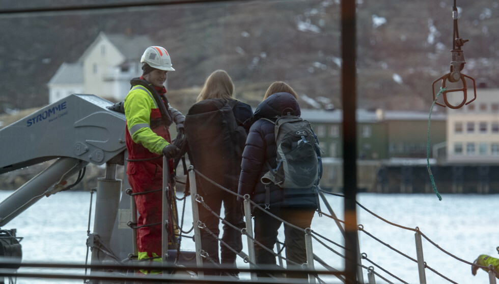 FLERE ETATER: Både skatt, arbeidstilsyn og politi var med på tilsynet. Foto: Kent Even Grundstad