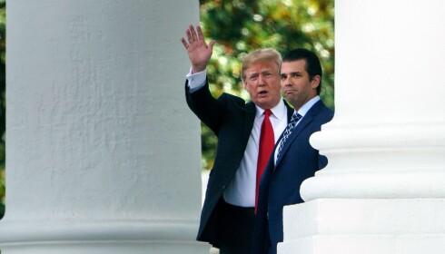 <strong>SOM SIN FAR:</strong> (f.v.) Både Donald Trump Jr. og president Donald Trump har blitt beskyldt for juks ved boksalg. Foto: Brendan Smialowski / AFP / NTB Scanpix