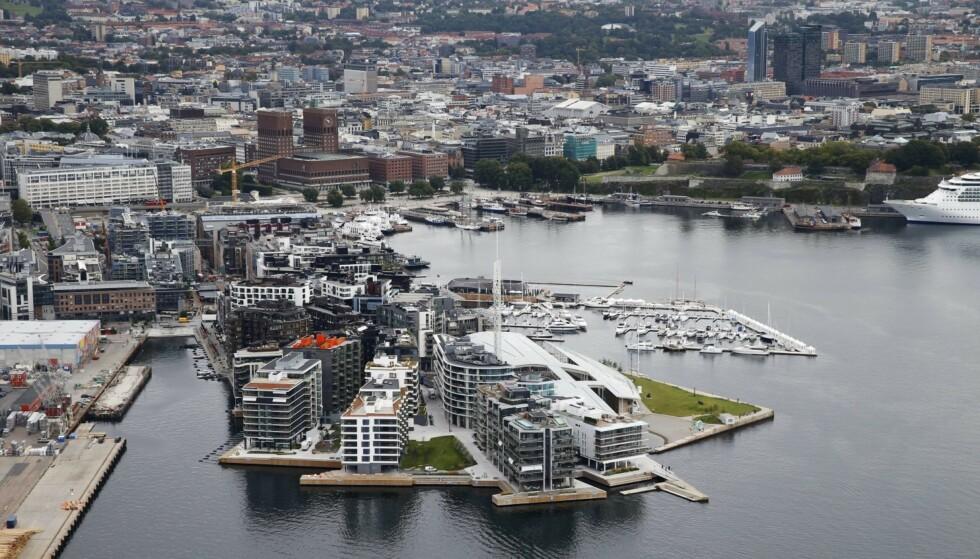 TYVER PÅ TJUVHOLMEN: To av Rolex-tyveriene fra klokkearmer skjedde på Tjuvholmen i forlengelsen av Aker Brygge, ifølge tiltalen i Oslo tingrett. Illustrasjonsfoto: NTB Scanpix.