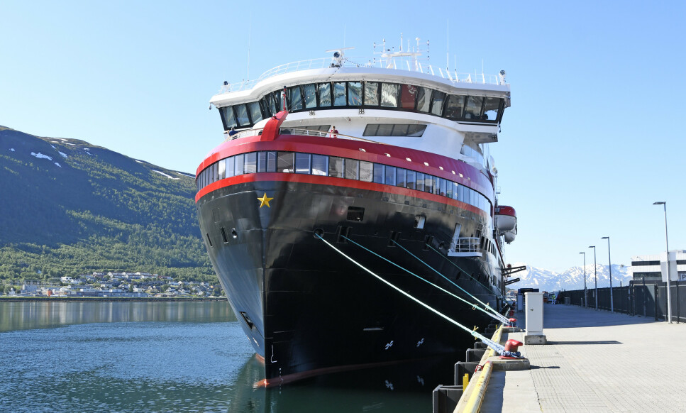 PASSASJERER RANET: Huritgrutens passasjerer har blitt fraranet bagasjen. Her er skipet «Roald Amundsen» til kai i Tromsø. Foto: Rune Stoltz Bertinussen / NTB scanpix