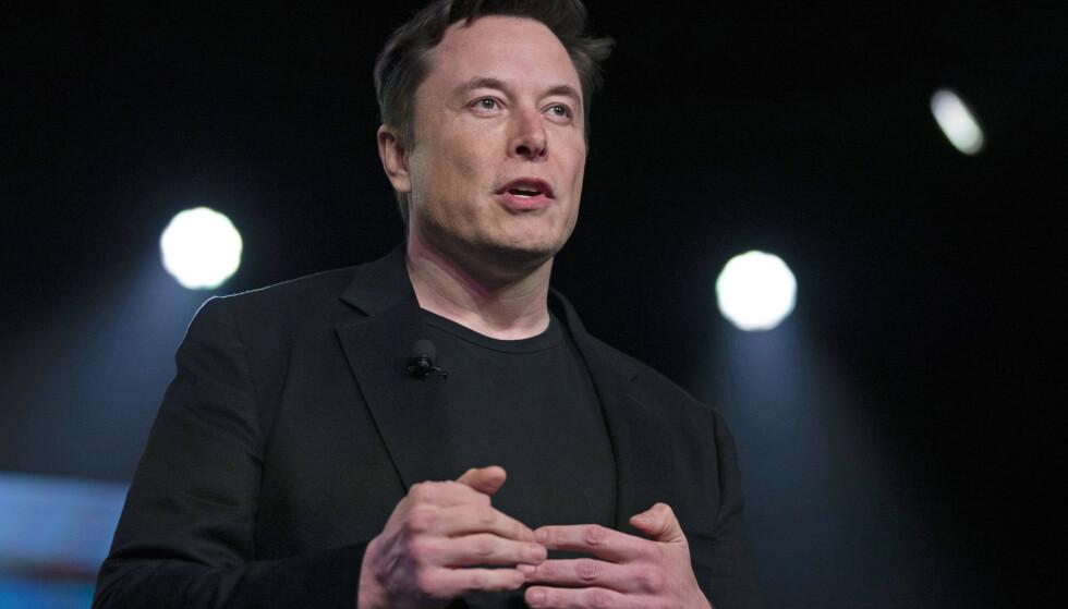 MÅ SVARE: Elon Musk må igjen uttale seg om pedofilianklagene han kom med mot den britiske dykkeren Vernon Unsworth. Foto: NTB scanpix
