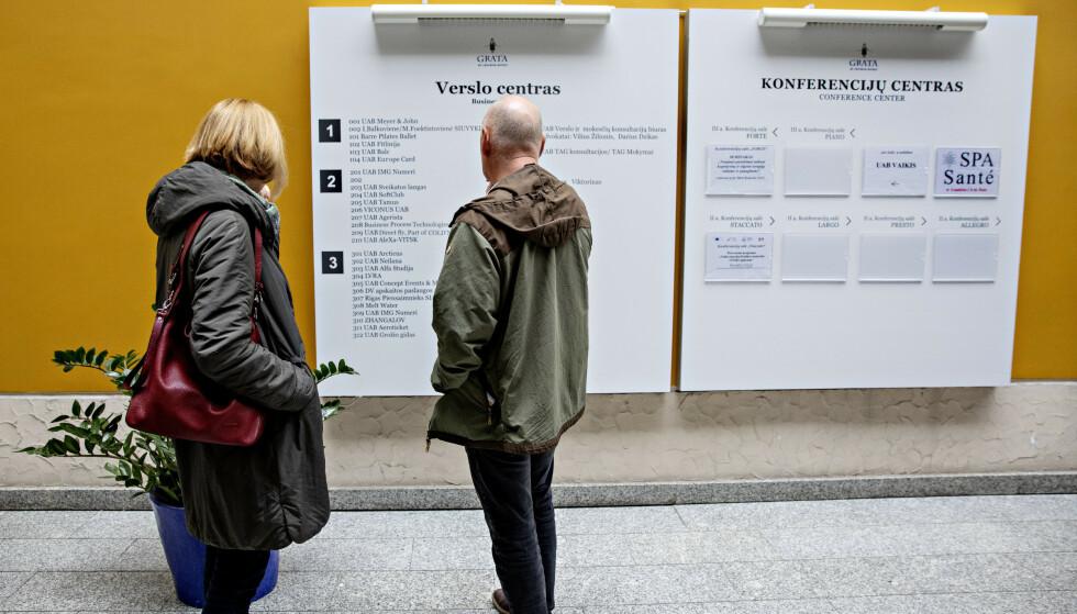 PÅ TAVLEN: Dagbladet finner Arcticus på oversiktstavlen over virksomheter med kontorer på Grata hotell. Foto: Nina Hansen / Dagbladet