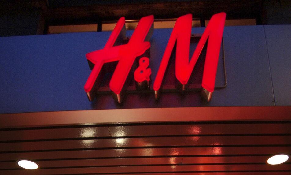 MEDFART: H&M-ånden sammenlignes med en sekt i en fersk bok som kommer ut i Sverige i dag. Foto: Thoms Bjørnflaten, NTB scanpix