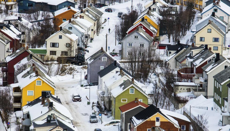 Hammerfest  20190409. Hammerfest sentrum. Bolighus, hus, boliger, boligpriser,      Foto: Ole Berg-Rusten / NTB Scanpix