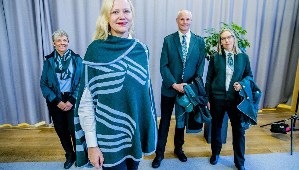 VY BLIR NY: Markedsdirektør i Vy, Merete Møystad, på visningen av Vys nye uniformer. Foto: Stian Lysberg Solum / NTB scanpix