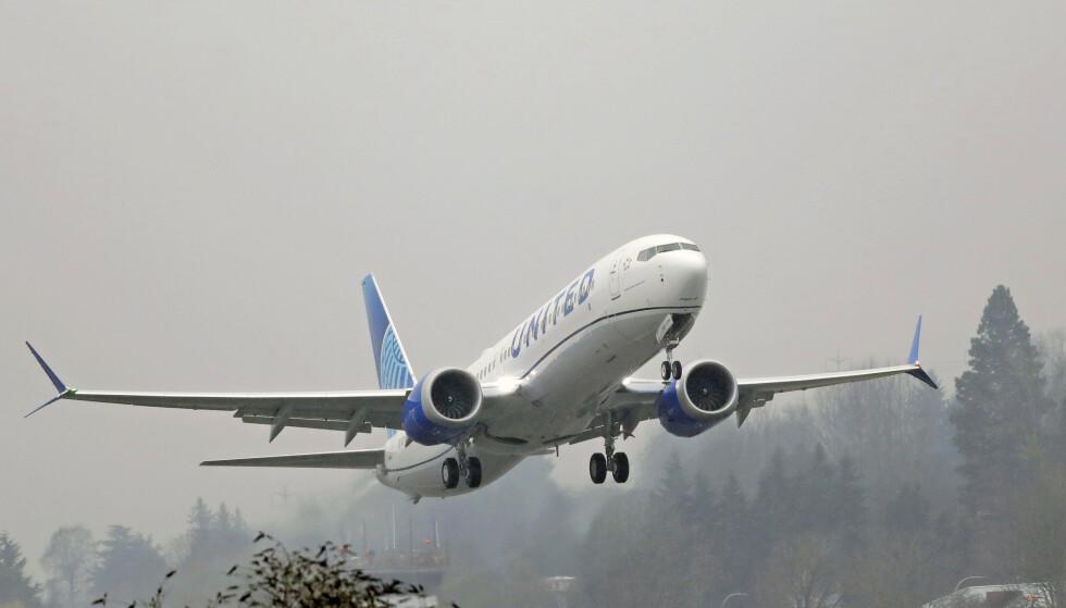 STANS: Boeings bestselger 737 MAX tas ut av produksjon i januar etter at selskapet så langt har produsert 400 maskiner for lager etter flyforbudet. Foto: NTB scanpix