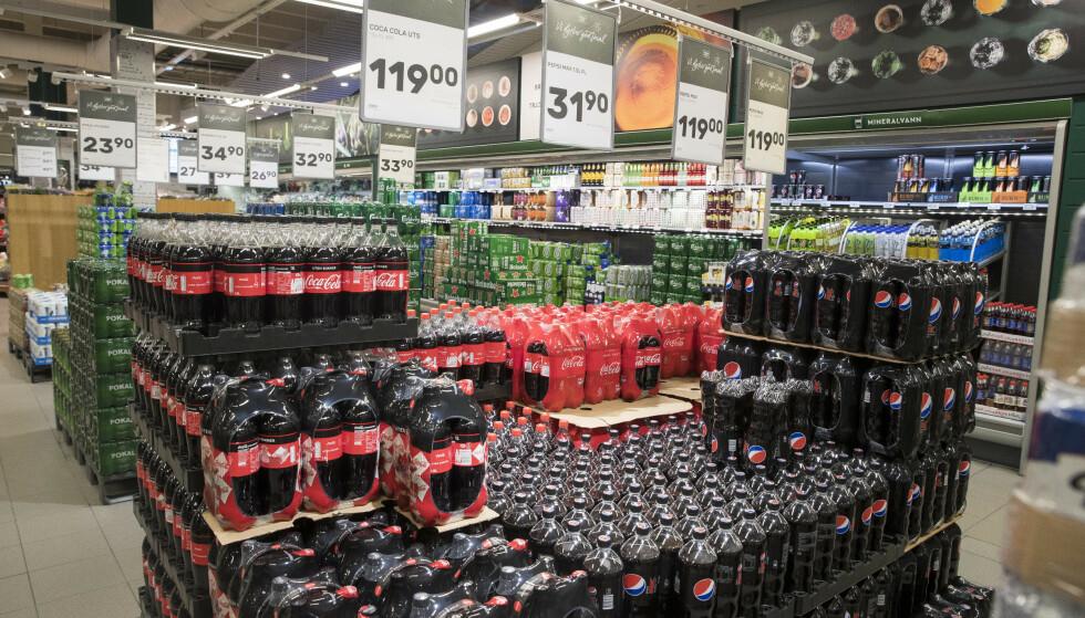 NYE REGLER: Det skal innføres fritak for flere avgifter, blant annet sukkeravgiften, for produkter som gis bort fra produsent eller importør til veldedige organisasjoner.  Foto: Terje Pedersen / NTB scanpix