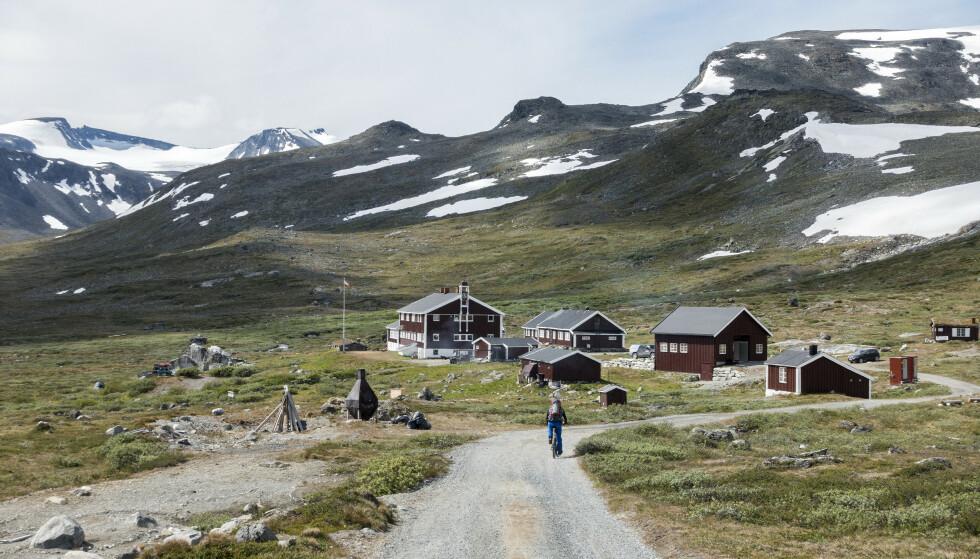 FÅR MILLIONER: DNT-hytter som Glitterheim i Jotunheimen får millionstøtte til oppgradering. Arkivfoto: Gorm Kallestad / NTB