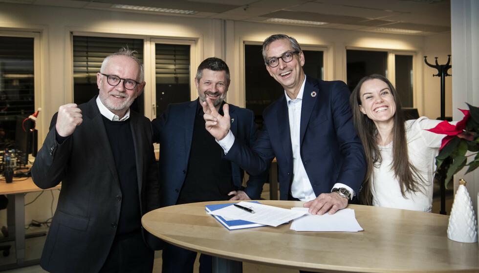 BIG DEAL: King Coffee signerer her avtalen med det store IT-selskapet Atea. Det betyr at at den nystartede bedriften har fått enda et solid bein å stå på. Foto: Lars Eivind Bones / Dagbladet