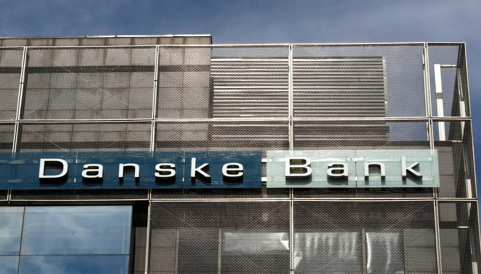 SØKSMÅL: 70 investorer som har tapt penger på aksjefall som følge av hvitvaskingssaken i Danske Bank, saksøker banken. Foto: Ints Kalnins / Reuters / NTB Scanpix