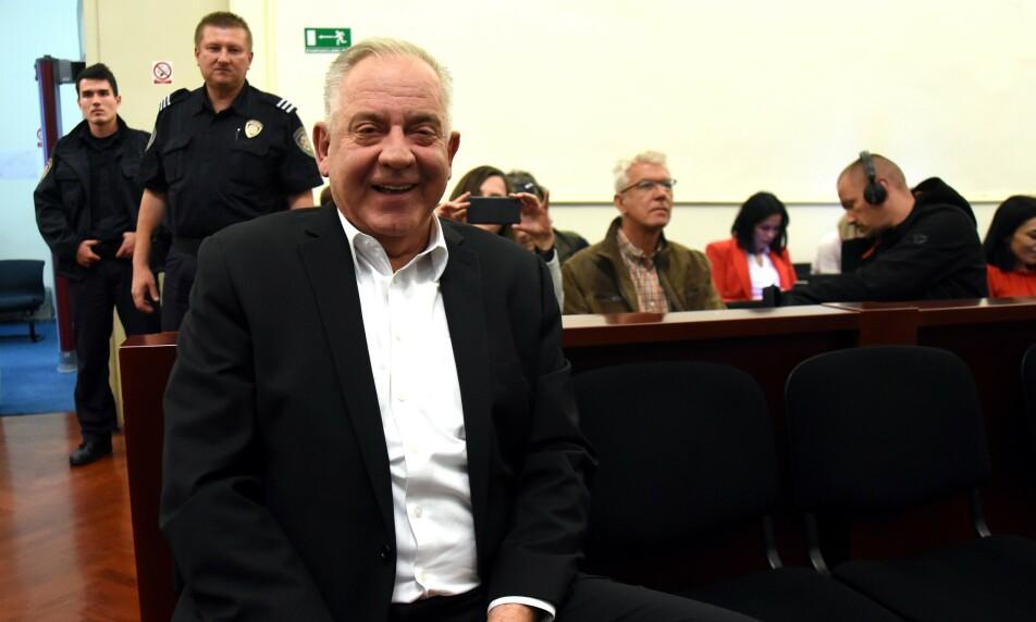 KORRUPSJONSDOM: Kroatias tidligere statsminister Ivo Sanader er dømt til seks års fengsel for å ha tatt imot bestikkelser fra lederen av et ungarsk energiselskap.  Foto: STR / AFP / NTB Scanpix