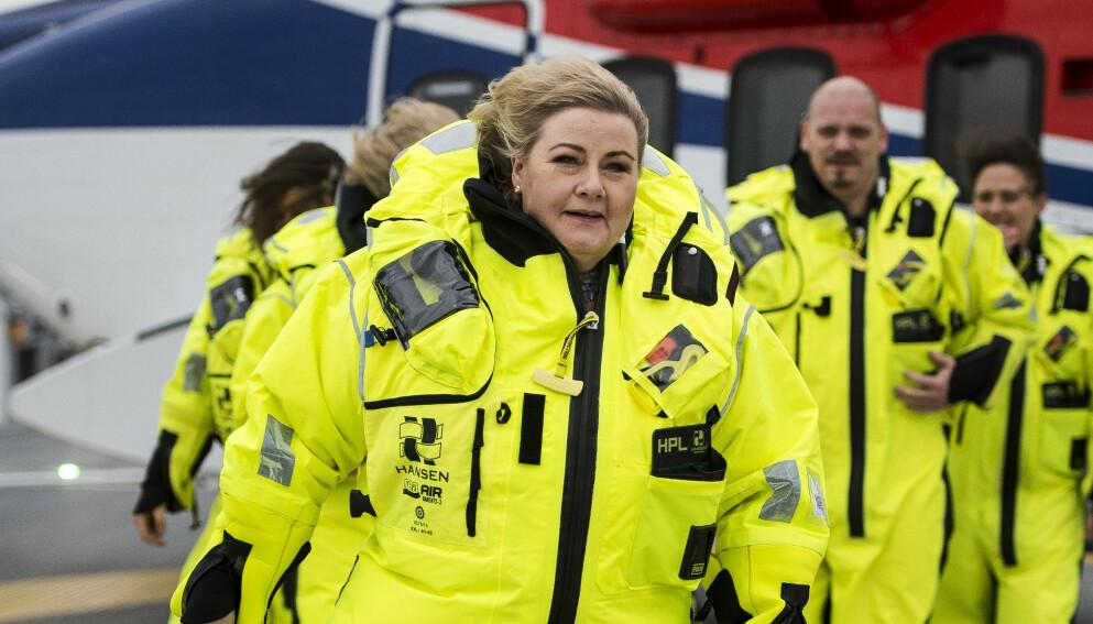 STØ KURS: Statsminister Erna Solberg (H) vil ikke endre oljepolitikken etter IEAs nye rapport om hva som må til for å holde den globale oppvarmingen under 1,5 grader. Her er hun avbildet under åpningen av Johan Sverdrupfeltet i Nordsjøen i fjor. Foto: Carina Johansen / NTB