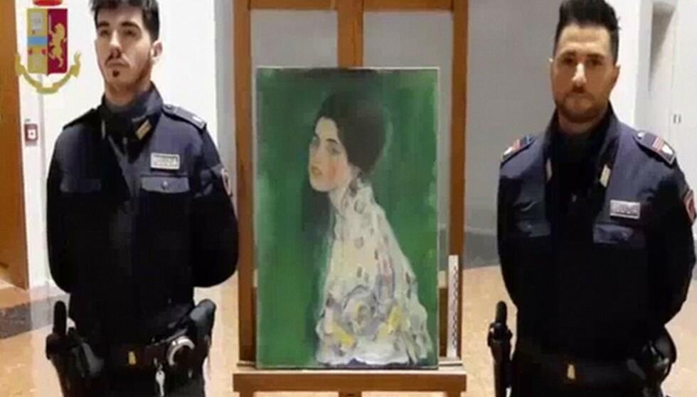 FUNNET I VEGG: Dette kunstverket av Gustav Klimt ble etter over tjue år funnet gjemt i en vegg, melder italienske styersmakter. Foto: AFP / NTB Scanpix