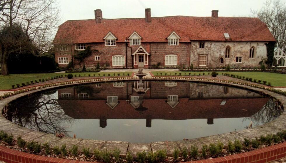 <strong>PRAKTEIENDOM:</strong> Stefan Persson kjøpte Park House i grevskapet Wiltshire i 1992. Godset ligger diskret tilbaketrukket fra landsbyen Ramsbury. Foto: Seamus Murphy / NTB Scanpix