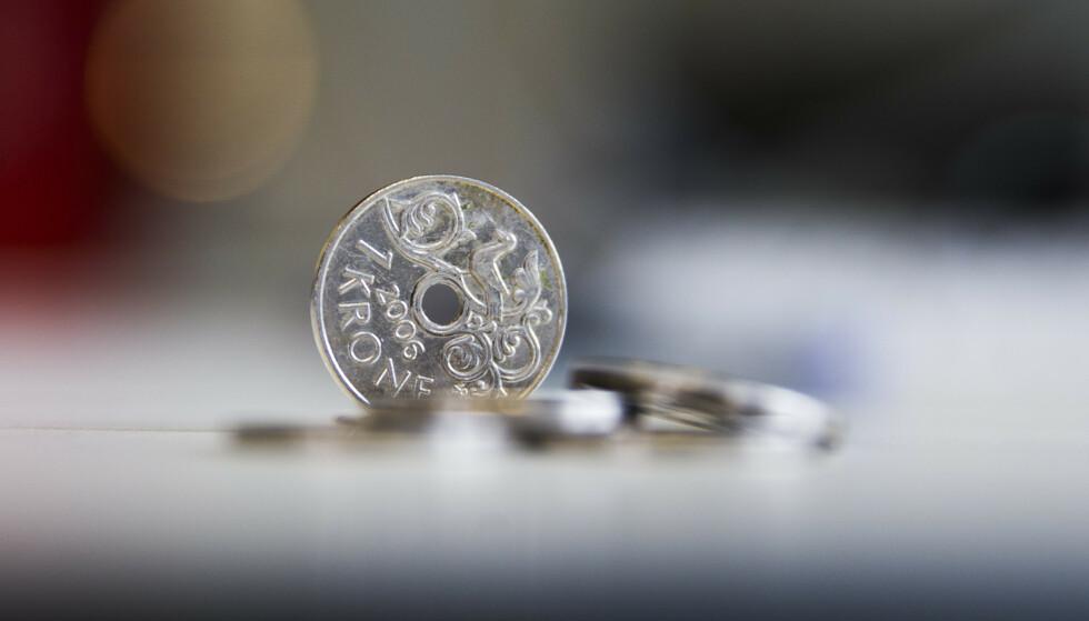 Den norske krona er på sitt laveste nivå på 30 år, målt mot store valutaer som euro og dollar.  Foto: Berit Roald / NTB scanpix