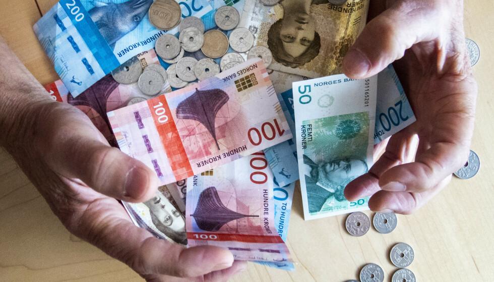 VIL SPARE MINDRE: Nordmenn vil spare mindre og betale mindre gjeld. Foto: Gorm Kallestad / NTB scanpix