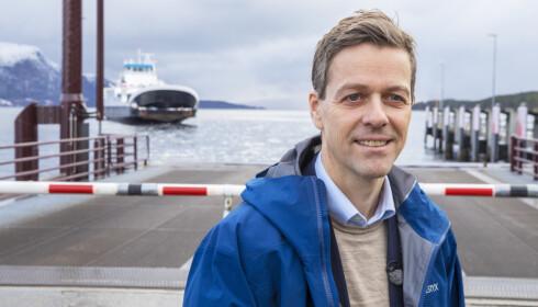 BEKYMRET: Samferdselsminister Knut Arild Hareide (KrF) er bekymret dagens nyhet om Widerøe-kuttene. Foto: Ole Berg-Rusten / NTB scanpix
