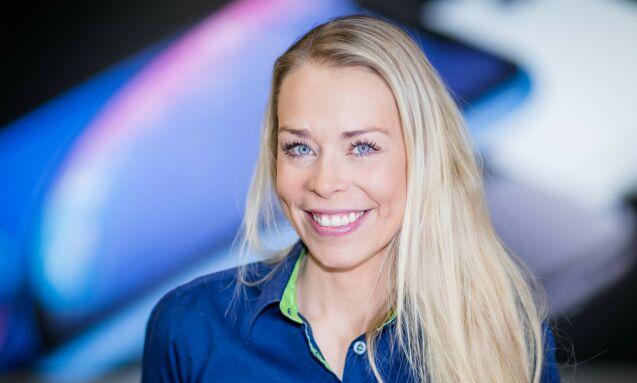 STORE INNKJØP: Madeleine Schøyen Bergly, kommunikasjonssjef i Elkjøp, sier at selskapet - med sine store innkjøp - er godt forberedt på forsinkede leveranser. Foto: Elkjøp
