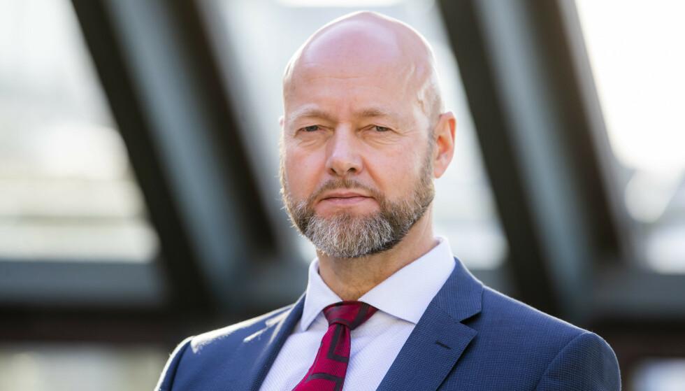 <strong>SVARTELISTET:</strong> Yngve Slyngstad, avtroppende sjef i Oljefondet. Oljefondet har investert flere milliarder i selskaper som er svartelistet av FN. Foto: Håkon Mosvold Larsen / NTB scanpix