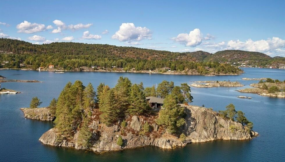 PRIVAT ØY: Nå har Tjæreholmen dukket opp på markedet igjen med en prisantydning på 9,9 millioner kroner. Foto: Fotograf Mats Holst