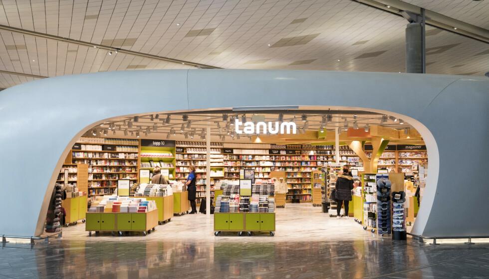 FORSVINNER: Cappelen Damm har inngått avtale med Norli om virksomhetsoverdragelse av flere Tanum-butikker. Flyplassbutikkene blir til Ark, og de andre til Norli. Foto: Stian Lysberg Solum / NTB scanpix