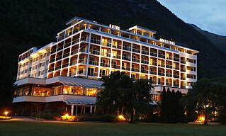 <strong>OPPSVING:</strong> Hotell Alexandra i Loen innerst i Nordfjord har vekst så langt i år. Foto: Erik Johansen / NTB scanpix