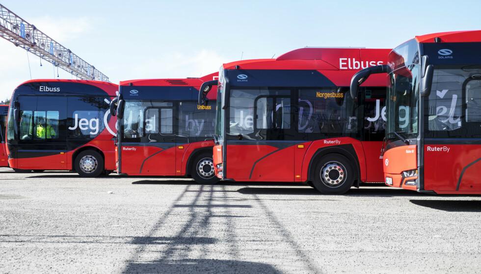 KAN FÅ NYE: Ruter har allerede en rekke elektriske busser. Nå blir det enda flere. Arkivfoto: Ole Berg-Rusten / NTB scanpix