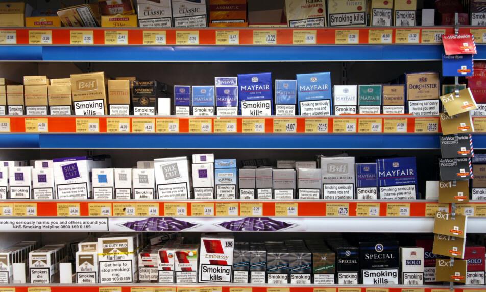 TRAKK INFLASJONEN NED: Tobakk og alkohol var blant varene som trakk inflasjonen ned. Foto: Alex Segre / REX