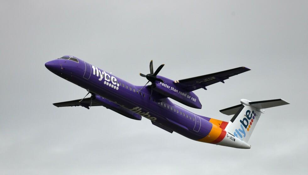KONKURS: Det britiske selskapet Flybe er det første til å gå over ende som følge av utbruddet av coronaviruset. Det blir neppe det siste, tror britisk ekspert. Foto: Ina Fassbender / AFP / NTB Scanpix
