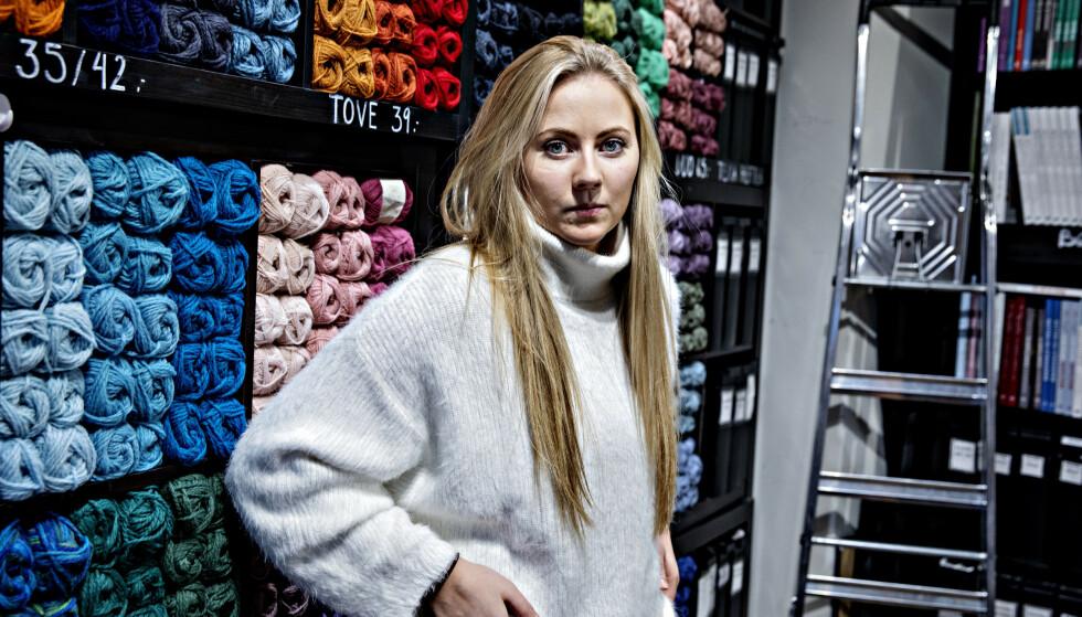 <strong>BEKYMRET:</strong> Pernille Sandin i butikken Nøstet mitt er bekymret for hva som kan skje dersom kunder uteblir eller halvparten av de ansatte plutselig er hjemme samtidig, sier Sandin. Foto: Nina Hansen / DAGBLADET