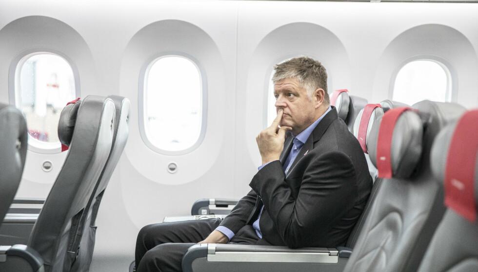 <strong>LIVREDNING:</strong> 1. januar i år tiltrådte Jacob Schram som ny konsernsjef i flyselskapet Norwegian. Få måneder seinere fikk han coronakrisa i fanget. Foto: Stian Lysberg Solum / NTB Scanpix