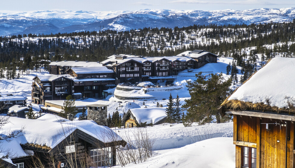 FRYKTER FOR PÅSKA: Norefjell Ski & Spa er blant landets mest populære destinasjoner under vintersesongen. Nå går de en bekmørk påske i møte. Foto: Halvard Alvik / NTB