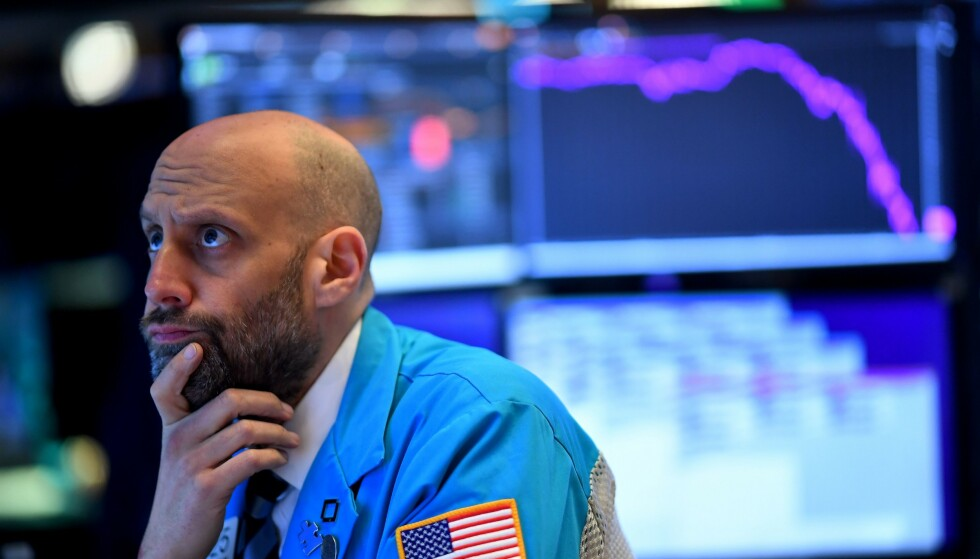 <strong>OPPTUR:</strong> Mandag hadde flere amerikanske børser den dårligste dagen på mange år. Tirsdag stiger de igjen. Foto: Johannes Eisele / AFP / NTB scanpix