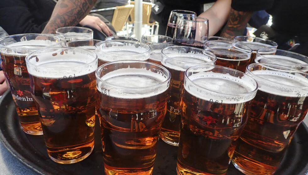 HAR ALKOHOLSERVERING: I disse dager er det krevende å finne et serveringssted som tilbyr alkohol i Oslo-regionen. Ullensaker kommune har imidlertid åpne kraner. Illustrasjonsfoto: Vidar Ruud / NTB