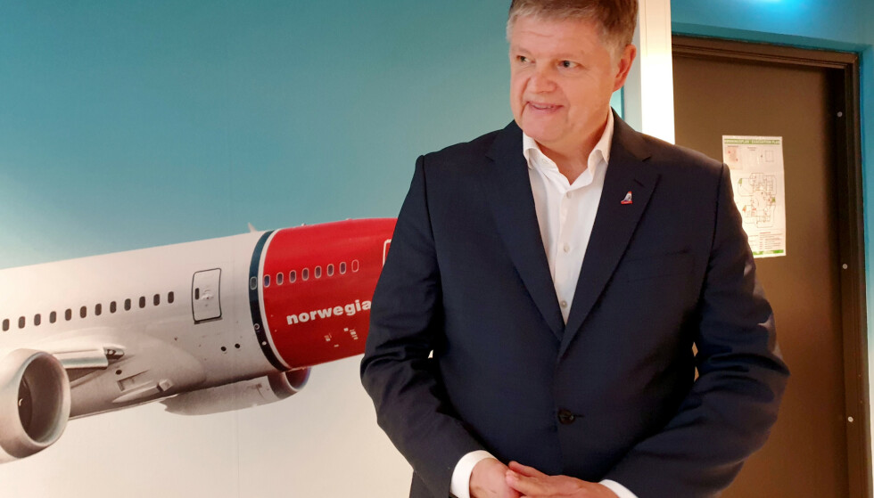 JOBBER PÅ SPRENG: Norwegian-sjef Jacob Schram jobber knallhardt for å få gjeldsutsettelse og friske penger til det kriserammede selskapet. Foto: NTB Scanpix/Reuters