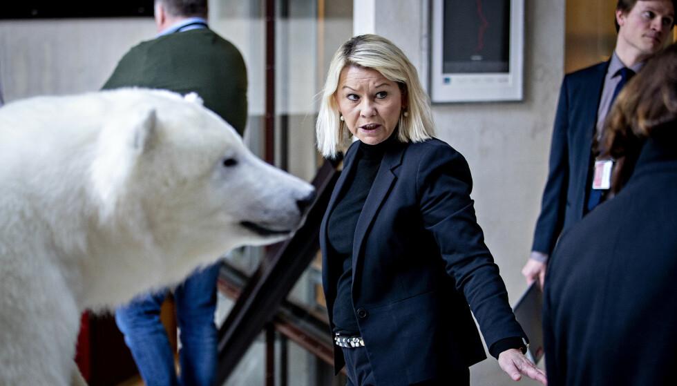 <strong>VIL IKKE DELE:</strong> Justis- og beredskapsminister Monica Mæland (H) er lunken til ideen om å offentliggjøre hvilke bedrifter som mottar krisestøtte, og hvor mye de får. Foto: Bjørn Langsem / Dagbladet