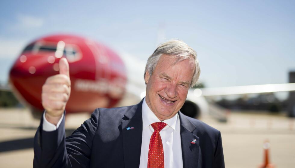 <strong>FLØY HØYT:</strong> Smilet satt løst hos daværende Norwegian-sjef Bjørn Kjos i 2018. Foto: Heiko Junge / NTB scanpix
