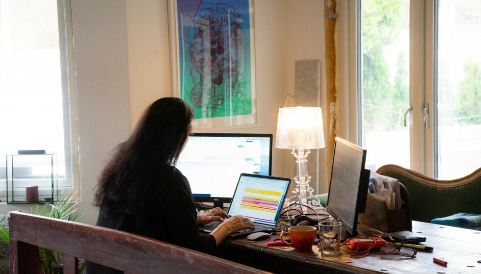 <strong>HJEMMEKONTOR:</strong> Åtte av ti jobber mer effektivt på arbeidsplassen enn hjemmefra. Foto: Thomas Brun / NTB scanpix