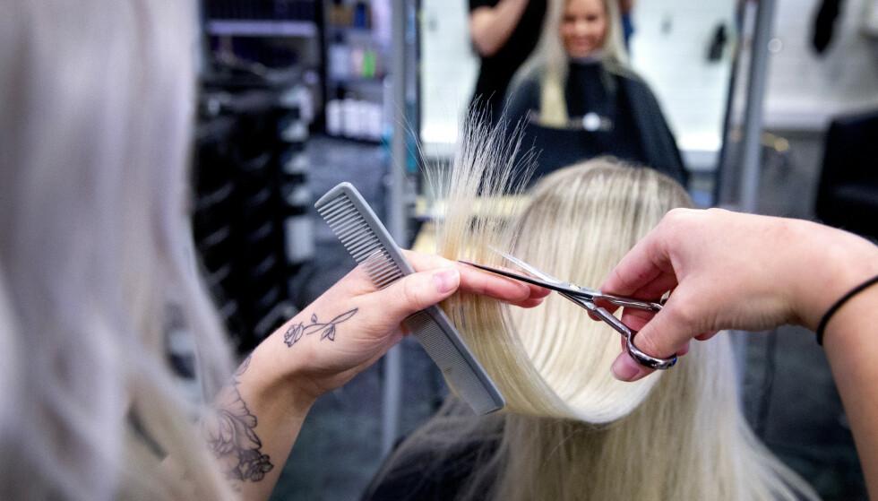 ÅPNER IGJEN: Senest 27. april åpnes tjenester som frisører og hudpleiere, dersom de oppfyller krav om smitteverntiltak. Illustrasjonsfoto: Gorm Kallestad / NTB scanpix