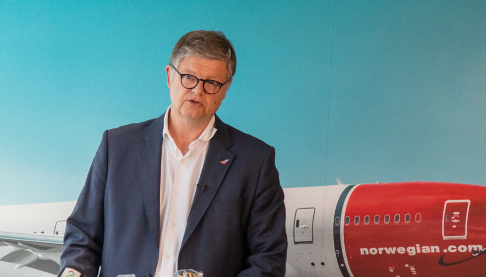 MER TRØBBEL UNDER OPPSEILING: Mens Norwegians konsernsjef Jacob Schram forhandler på spreng med sine kreditorer, er mer trøbbel under oppseiling i USA. Foto: Thomas Brun / NTB scanpix