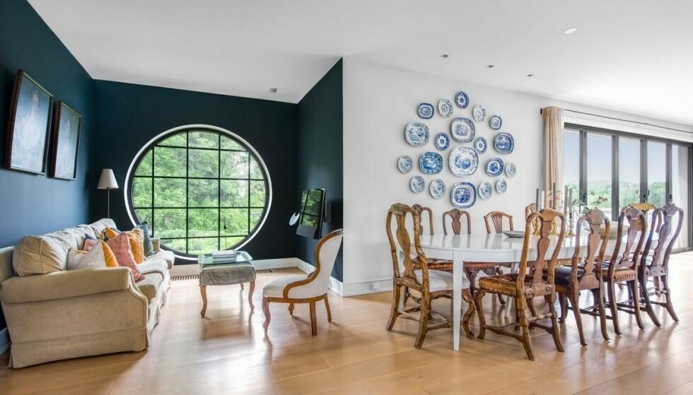FUNKIS: Ifølge annonsen er boligen ombygd etter tegninger av arkitekt Jon H. Støre. Foto: Zovenfra