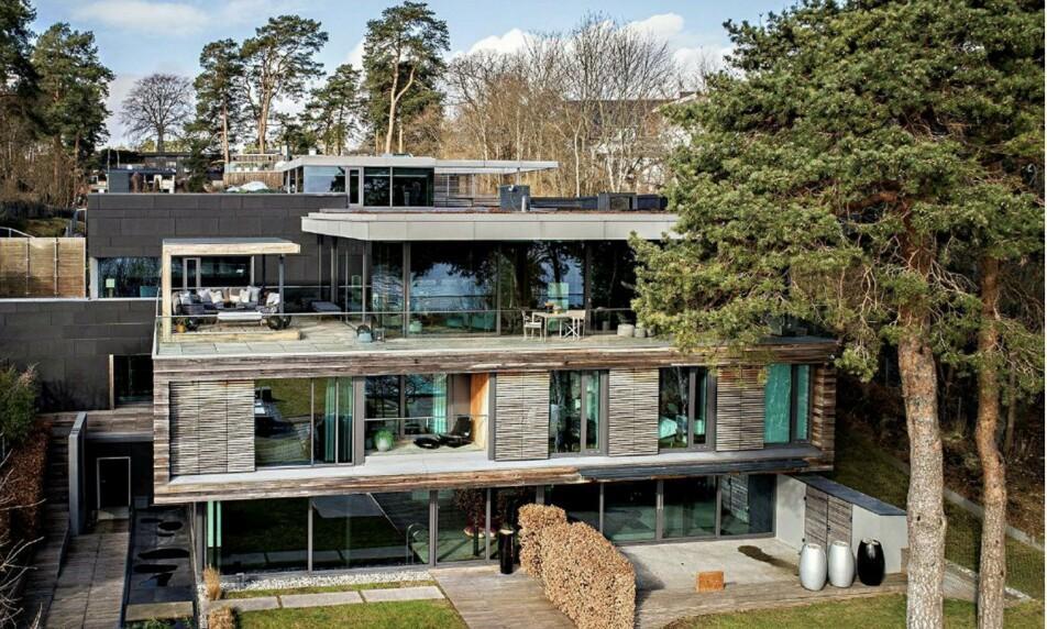 DYRESTE BOLIG: Thor Johan Furuholmen har solgt tidenes dyreste bolig. Foto: Stian Fjeldstad / Service Drone AS
