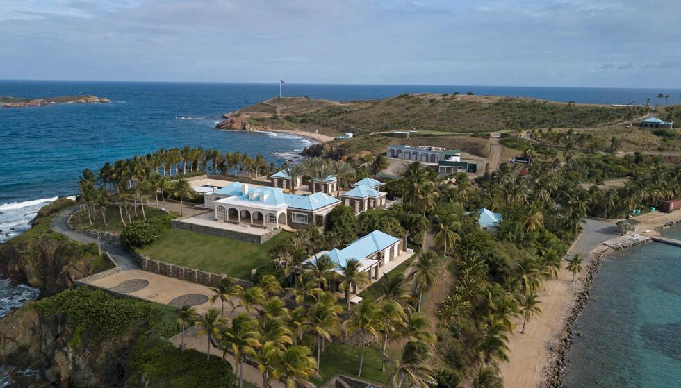 «PEDO ISLAND»: Utad er avdøde Jeffrey Epsteins prektige eiendommer et symbol på luksus og velstand. Så kom skrekkhistoriene fra bak lukkede dører. Foto: NTB Scanpix