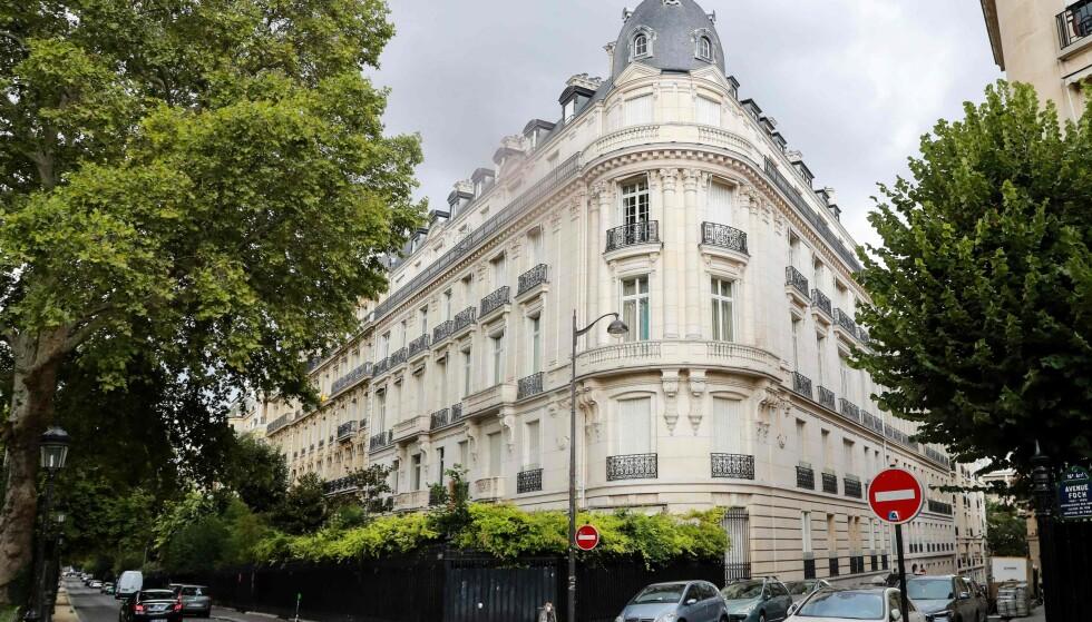 RANSAKET: Jeffrey Epstein eide en leilighet i det velstående 16. arrondissement i Paris. Området er kjent for sine ambassader og museer. Foto: NTB Scanpix