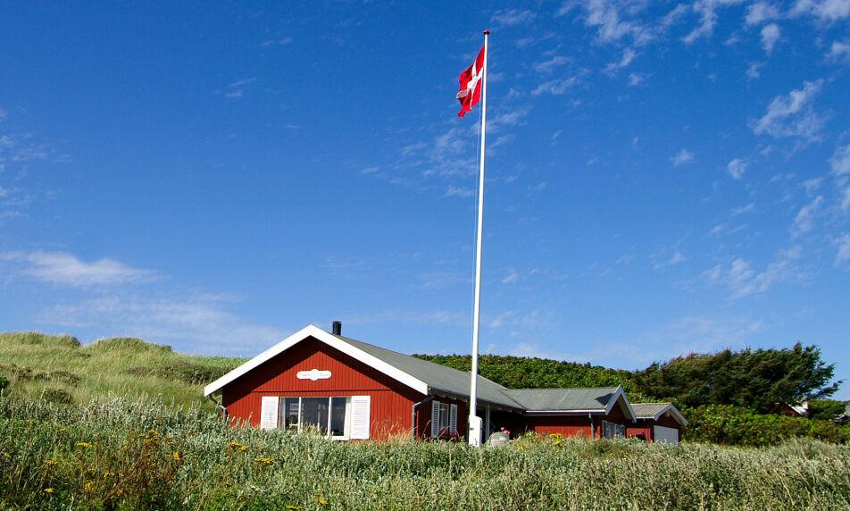 STOR PÅGANG: Etterspørselen etter feriehus i Danmark er historisk høy, ifølge Thomas Hovgaard i Nykredit. Foto: Shutterstock/NTB Scanpix.