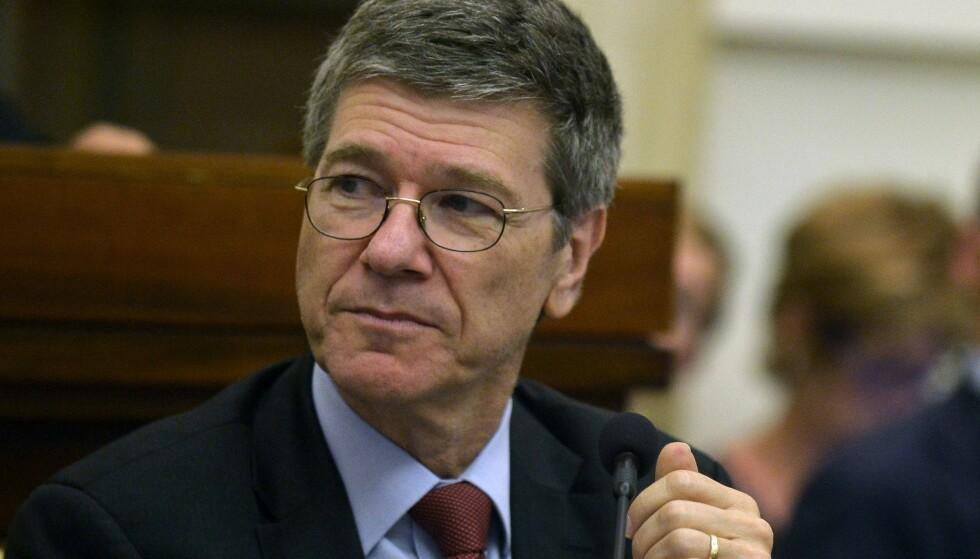 STJERNEØKONOM: Jeffrey Sachs er professor ved Columbia University, og en av verdens mest anerkjente økonomer. Foto: AFP / NTB scanpix