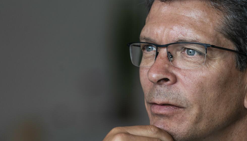 BEKYMRET: Kongsberg Gruppens administrerende direktør Geir Håøy er alvorlig bekymret for ringvirkningene av en forlenget coronaeffekt, og tror at vi bare har sett starten på det som venter. Foto: Hans Arne Vedlog